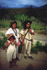Arhuakos - indiáni Arhuakos žijú stále svojimi tradíciami