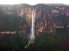 Canaima - letecký pohľad na vodopád Salto Angel